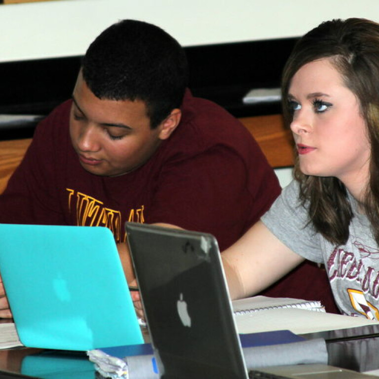 Outreach Team Accepting Scholarship Applications